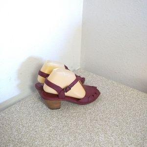Chelsea Crew Sandals